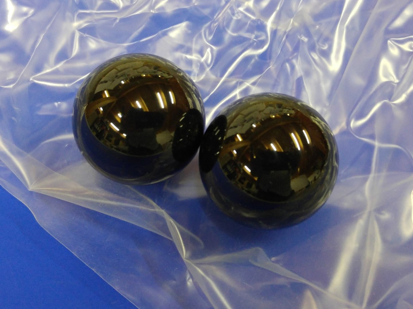 ball 38,1mm black